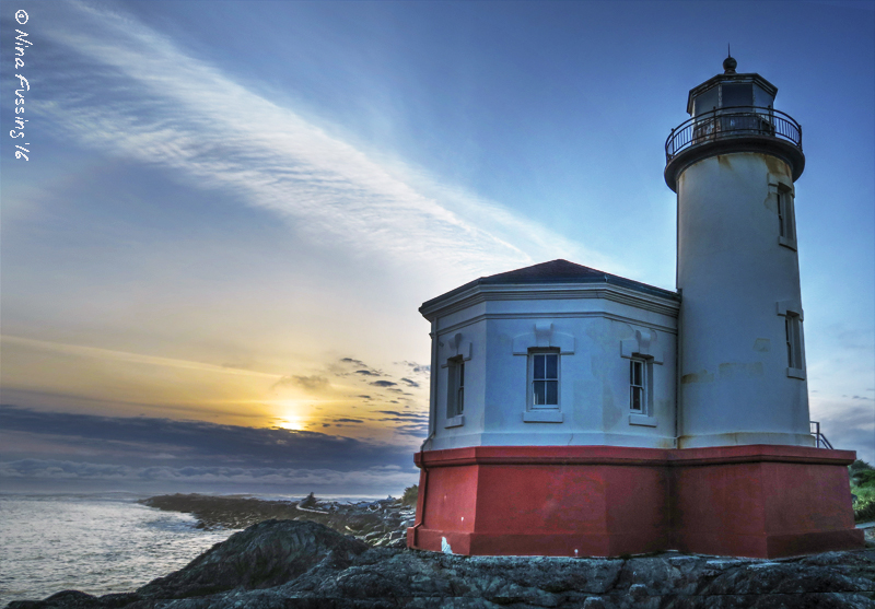 This will be our last lighthouse...for a while, anyway. Adieu Coast!