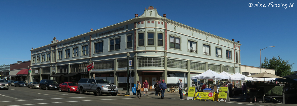 Gorgeous downtown Astoria, on Farmer's Market Sunday